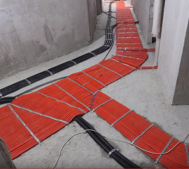 электрика по полу